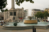 Fountaine and lions on Trafalgar Square in London — Stock Photo