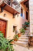 Pretty old courtyard — Stock Photo