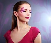 Girl with beautiful makeup — Stock Photo