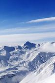 высокие горы зимой — Стоковое фото