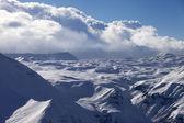 Sněhové plató v mracích — Stock fotografie