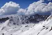 Bergen in de sneeuw — Stockfoto