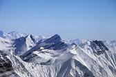 Montañas nevadas del invierno — Foto de Stock