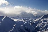 плато снег в вечер и солнце облака — Стоковое фото