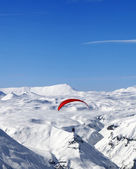 Sky gliding in Caucasus Mountains — Stock Photo