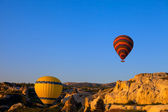 Hot air balloons in early morning — Стоковое фото