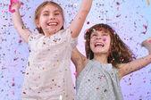 Dzieci zabawy na imprezie — Zdjęcie stockowe
