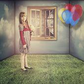 Biraz hayal eder. komik retro kadın portresi — Stok fotoğraf
