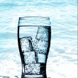 Cold purified water in the glass with bubbles — Stock Photo