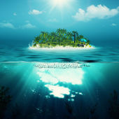 Alone island in the ocean — Stock Photo