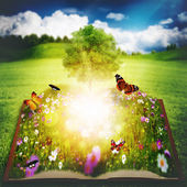 Open book with Tree of Knowledge — Stockfoto