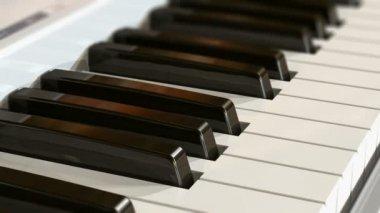 клавиатура фортепьяно — Стоковое видео