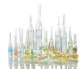 Geneesmiddelen in flesjes — Stockfoto