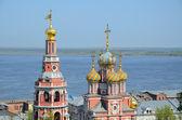 Russian church on Volga river — Stock Photo