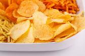 Patatas fritas en un tazón — Foto de Stock