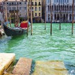 Venetian gondola on Grand Canal — Stockfoto