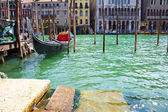 Venetian gondola on Grand Canal — Stock Photo
