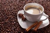 Xícara de café com especiarias — Foto Stock