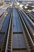Rails du métro dans les émirats arabes unis — Photo