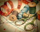 在该计划中的各种缝纫配件 — 图库照片
