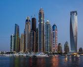 Dubai marina på natten — Stockfoto