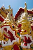 Staty av en drake i södra thailand — Stockfoto