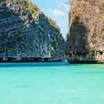 słynny maya bay phi-phi leh Island, Tajlandia — Zdjęcie stockowe