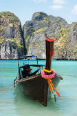 Traditional longtail boats in Phi-phi Leh island, Thailand — Stock Photo