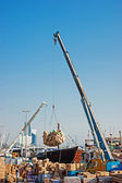 Loading a ship in Port Said, Dubai — Stock Photo