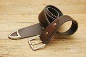 кожаный ремень с пряжкой — Стоковое фото