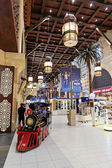 Interiör ibn battuta mall butik — Stockfoto