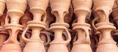 Ollas de cerámica en el mercado de dubai, Zoco — Foto de Stock