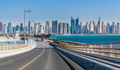 Views of the Dubai Marina from the island of Palm Jumeirah — Stock Photo
