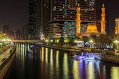 Vista nocturna de sharjah — Foto de Stock