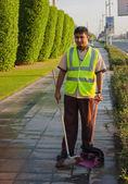 Unknown janitor in Dubai — Stock Photo