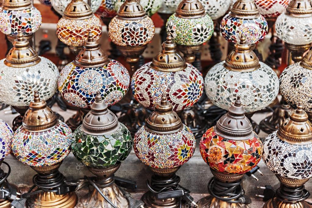 Lampade tradizionali arabe — Foto Stock © Observer #40335431