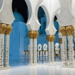 Sheikh Zayed Mosque, Abu Dhabi, UAE — Stock Photo #40657985