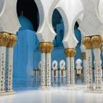 Sheikh Zayed Mosque, Abu Dhabi, UAE — Stock Photo #40657985