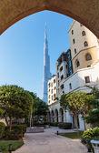 The area with tourist near Burj Khalifa in Dubai, UAE — Stock Photo