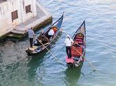 Two Gondolier rides gondola — Stock Photo