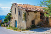 Old typical Tuscan farmhouse in Italy — Foto Stock