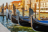 Gondola on canals of Venice — 图库照片