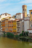 Embankment on the River Arno — 图库照片