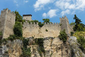 Fortress on cliff in San Marino — Stock Photo