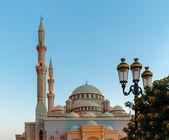 Moschee bei sonnenaufgang — Stockfoto