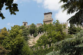 Fortress on a cliff in San Marino — Stockfoto