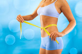 Measuring waist — Stock Photo