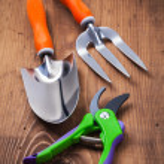 Set of gardening hand tools — Stock Photo