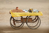 Counter to sell roasted peanuts. India. — Stock Photo