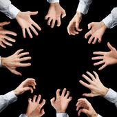 Mains qui s'étend à quelque chose — Photo